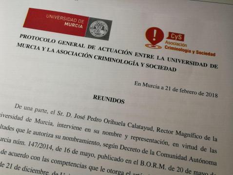 convenio_asociacion_criminologia_sociedad_universidad_murcia (7)